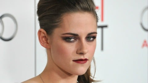 """Kristen Stewart Tells Fan to """"Get The F*CK Out of My Face"""" [Video]"""