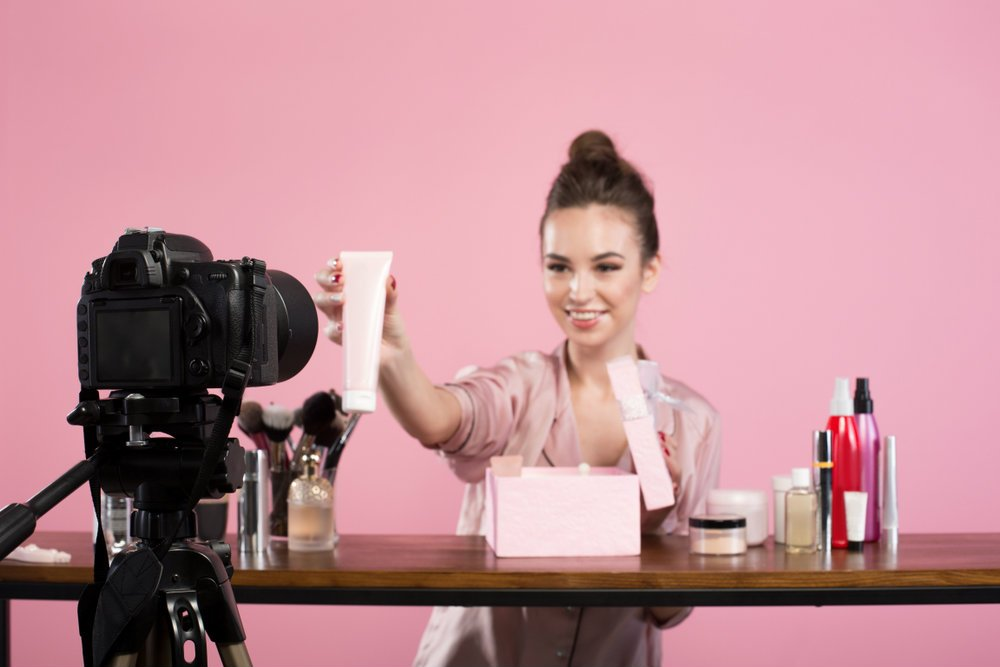 beauty vlogger casting